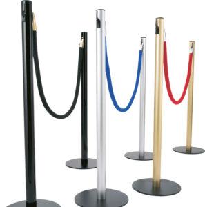 postes-con-cuerdas-cordones-cadenas